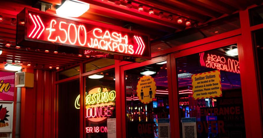 Najbardziej wciągające gry kasynowe do grania za darmo
