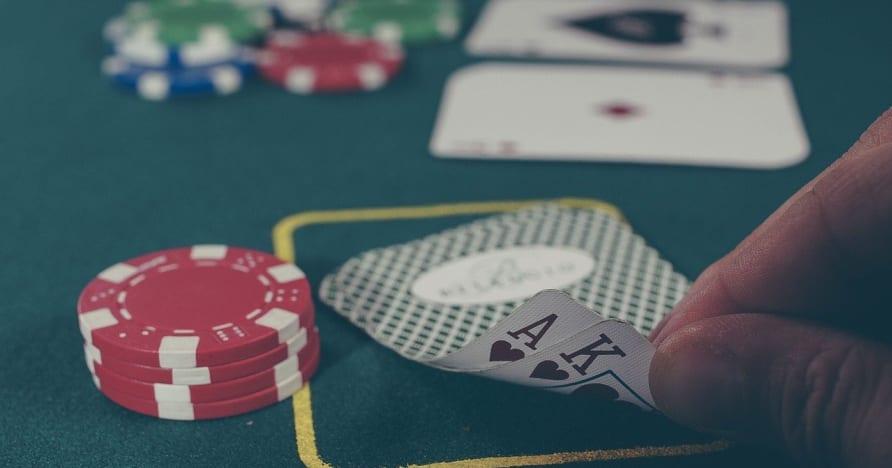 Poker online - podstawowe umiejętności